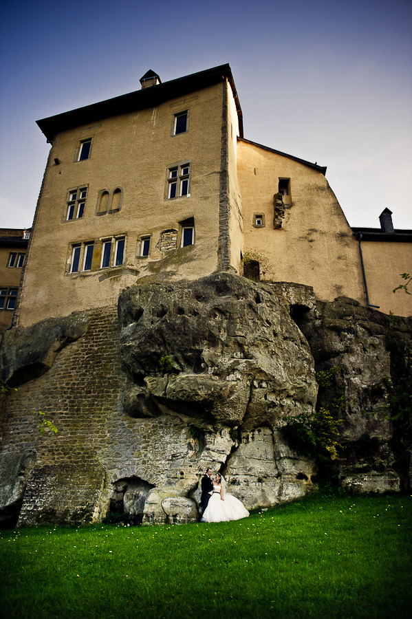 Chateau de Bourlingster wedding
