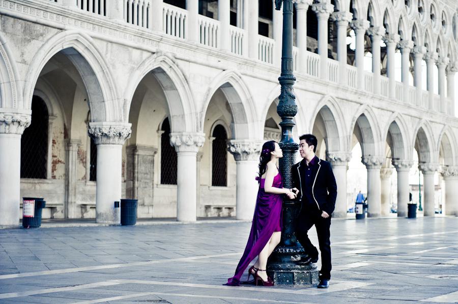 Venice engagement photo shoot