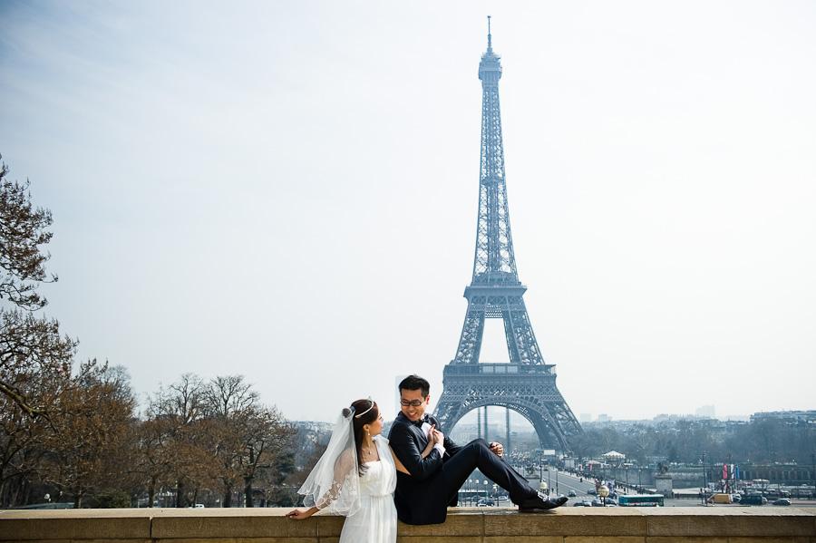 Prewedding photoshooting in Paris
