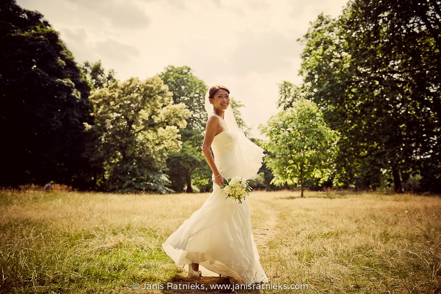Prewedding photo shoot in Green park London