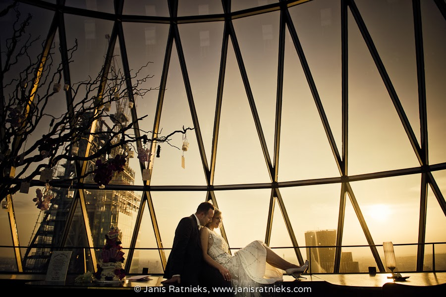 the gherkin wedding photographer London