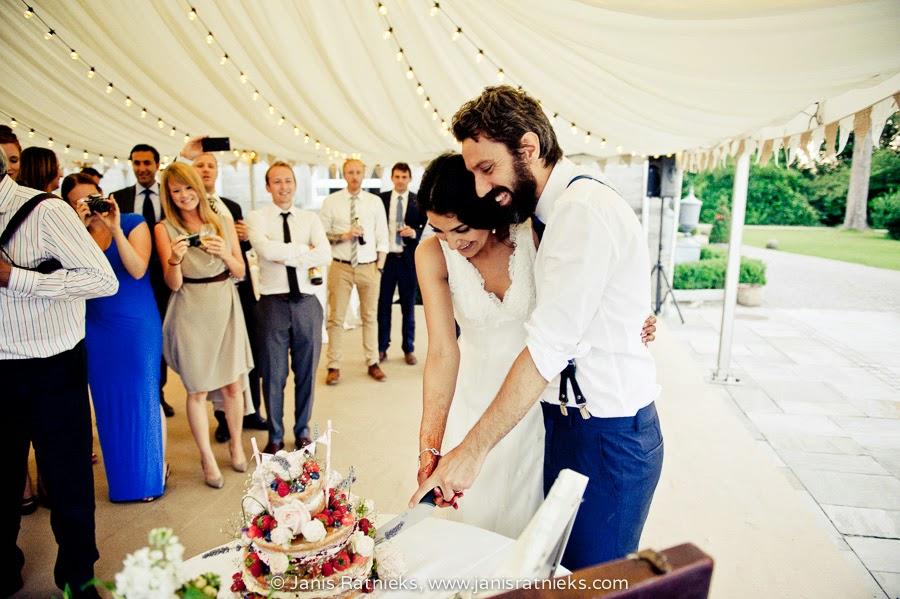 wedding cakes Herefordshire