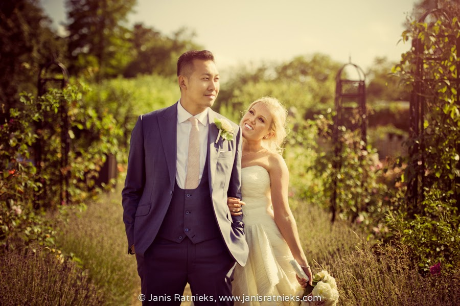 Hampshire wedding photographer Janis Ratnieks