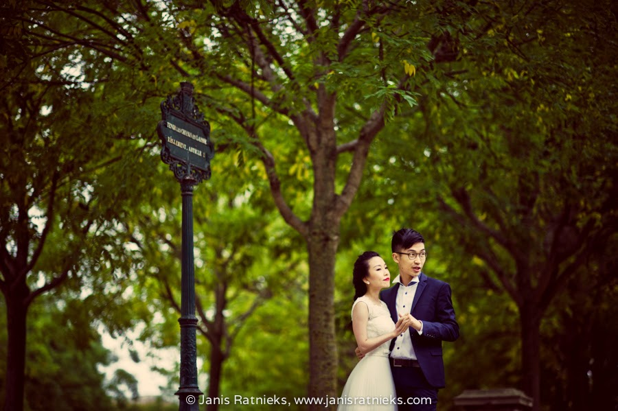 pre wedding photography in Paris