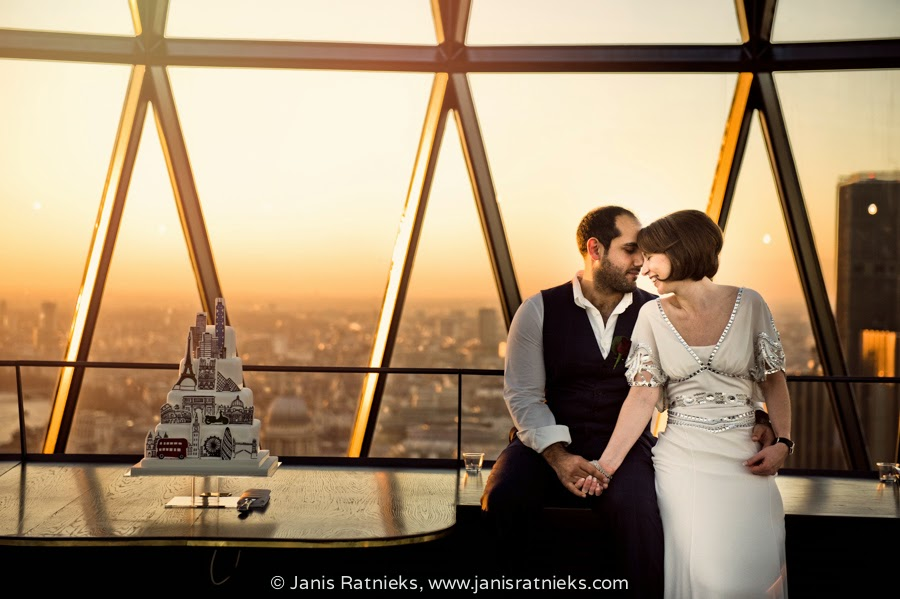 The Gherkin wedding - an event of Mary and James shot on the top of 30 St. Mary Axe in London