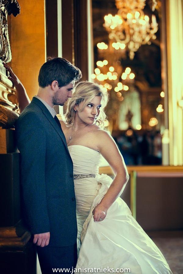 Paris pre wedding photoshoot