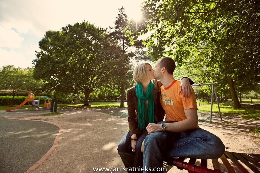 couple kissing engagement photo shoot in England