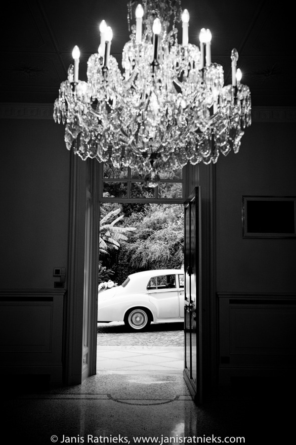 Villa Giuseppina arrival Rolls Royce