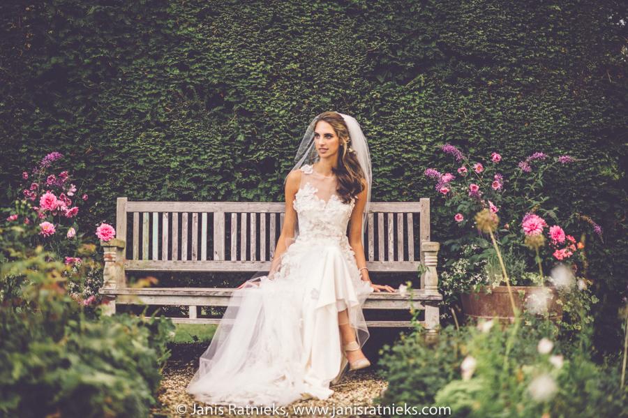 bridal portraits rustic garden
