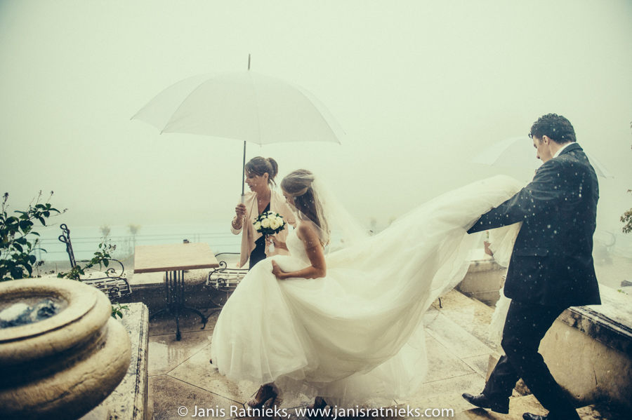 bad weather wedding